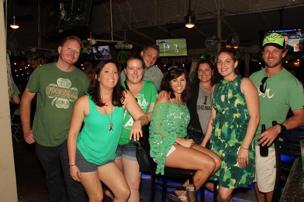 st patty wear green